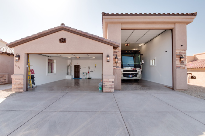 Viejo 2 car with rv option dbu homes for Cost to build a house in arizona